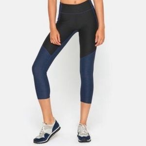 Outdoor Voices 3/4 Two-Tone Leggings Navy XS